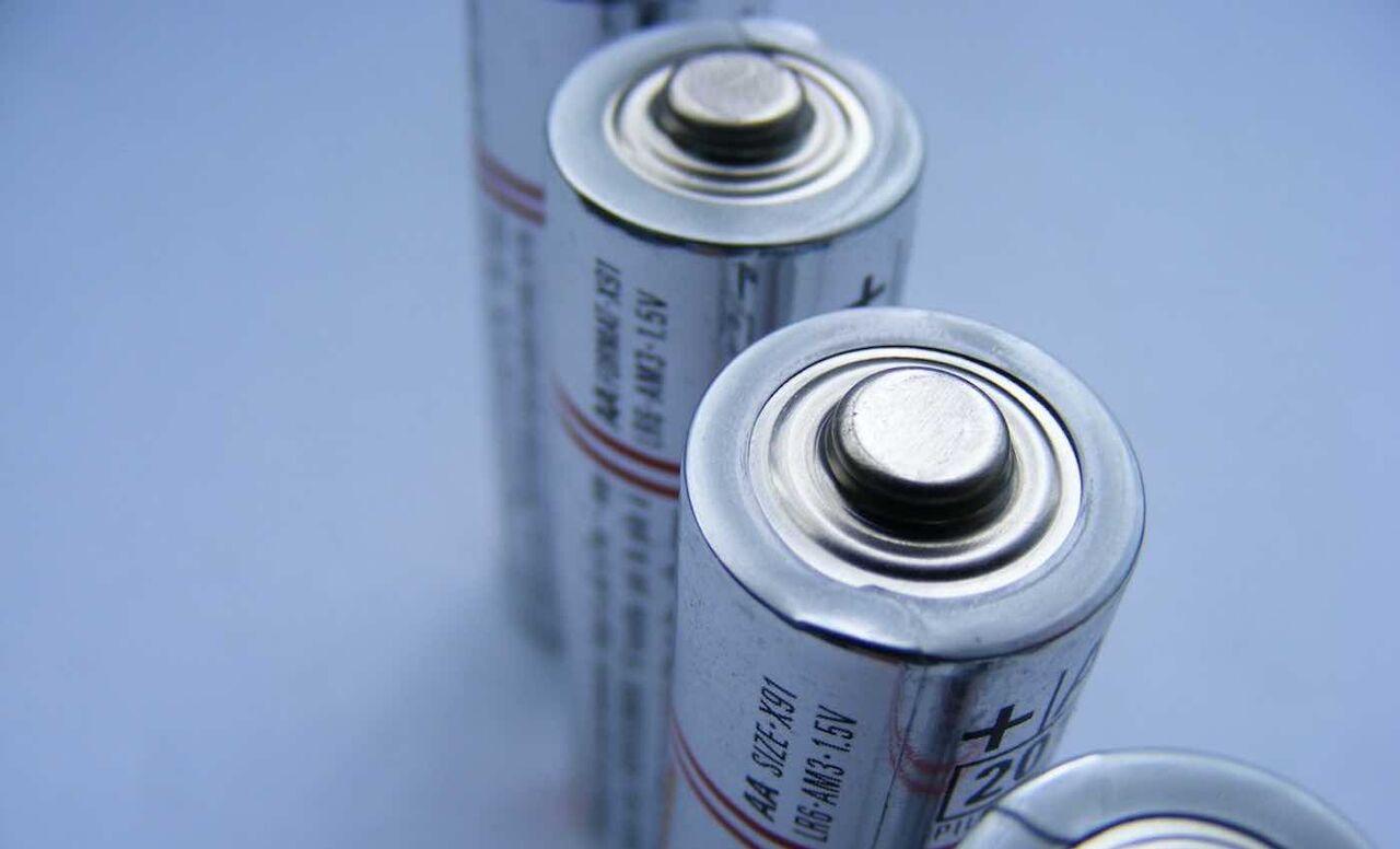 ابداع نخستین باتری لیتیوم-کربن با ظرفیت کامل شارژ مجدد
