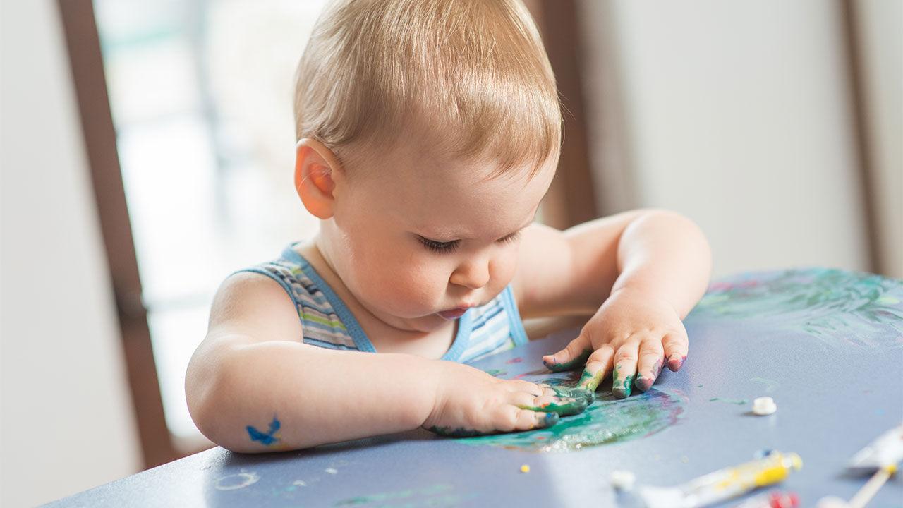 با این بازیها احساسات نوزادتان را کشف کنید