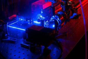 لیزر بسیار کوچک با نانوذرات تولید شد