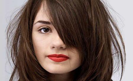 رنگ موی آلبالویی مناسب چه اشخاصی است؟