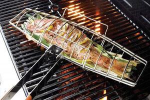 چطور ماهی کبابی جذاب درست کنیم؟