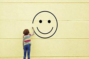 چگونه مغز خود را برای شادتر شدن آموزش دهیم (+توصیههایی برای حال خوب)