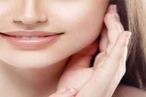 خانمها در میانسالی مراقبت پوست خود باشند