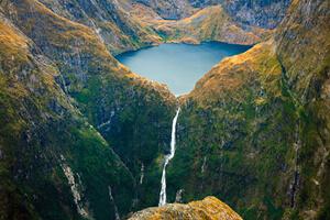 آبشار ساترلاند، معروف ترین آبشار کشور نیوزلند