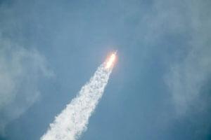 موشک ماهواره بر فالکن ۹ برای نهمین بار به فضا پرتاب شد