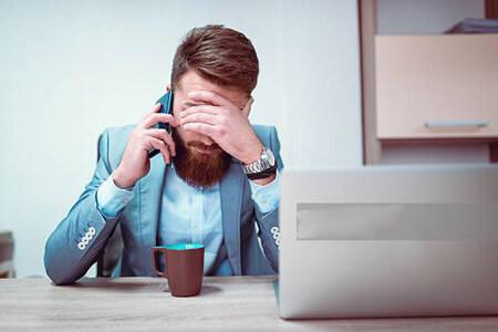 چگونه بر خجالت و کمرویی هنگام مکالمه تلفنی غلبه کنیم؟