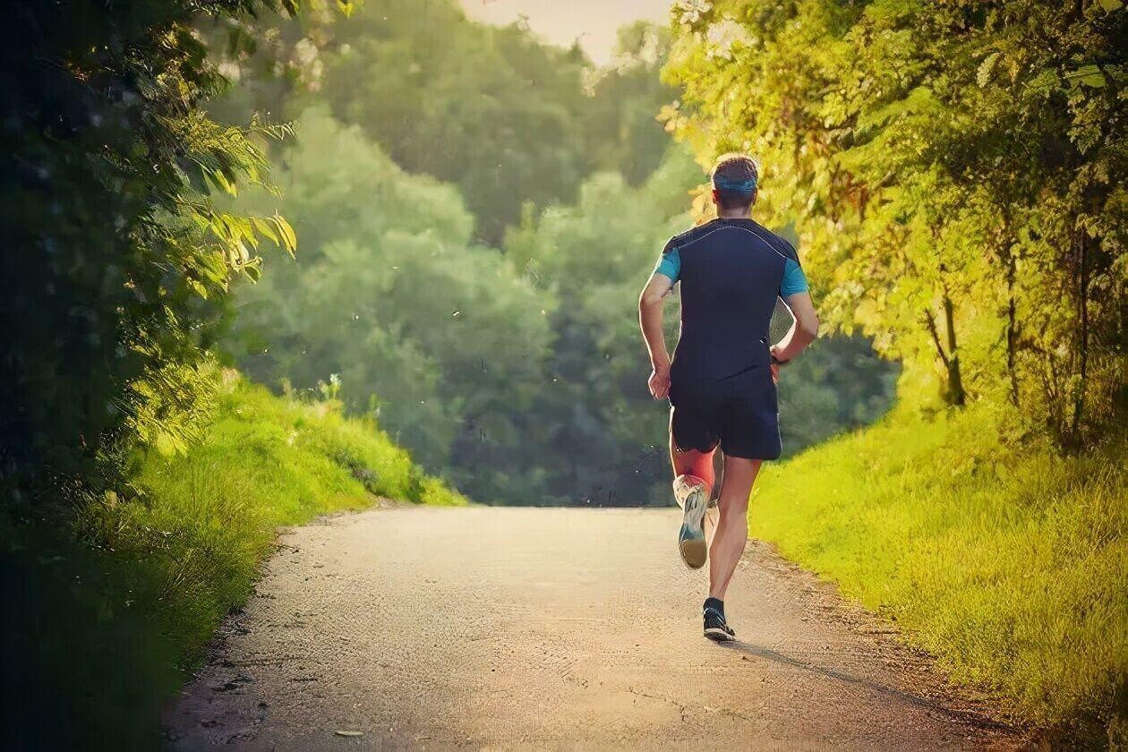 ۴ قانون پیاده روی برای حفظ و تقویت استحکام استخوان ها!